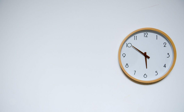Les horloges murales géantes, de vraies gardiennes du temps